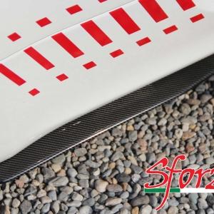 Abarth 500 lame minigonne carbonio dettaglio trama