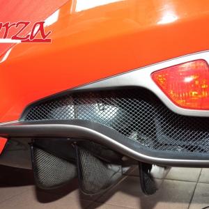 Ferrari 458 Italia cornici luci posteriori fendinebbia