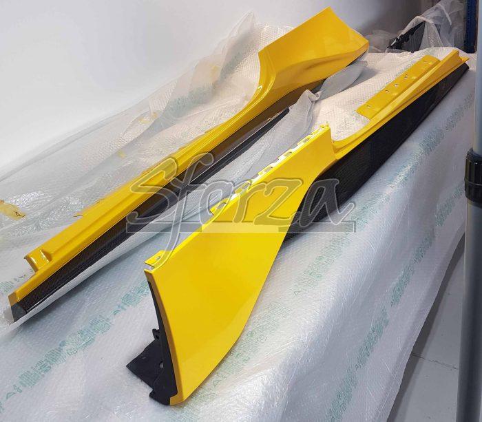 Ferrari 488 pista brancardi laterali carbonio giallo modena