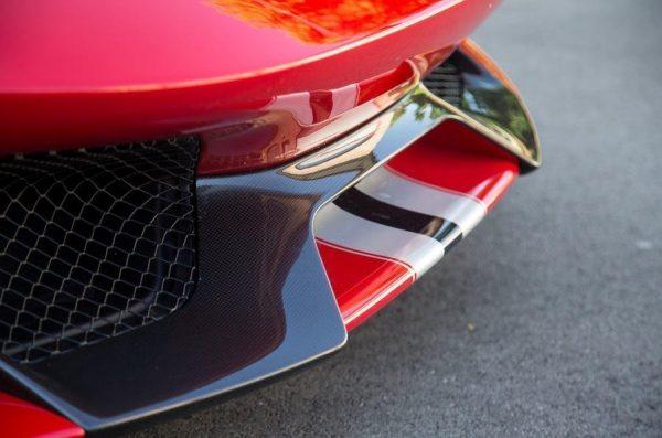 Ferrari 488 Pista spoiler anteriore carbonio centrale paraurti