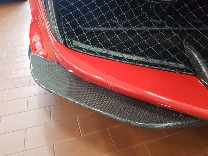 Ferrari 488 pista spoiler laterali carbonio paraurti anteriore